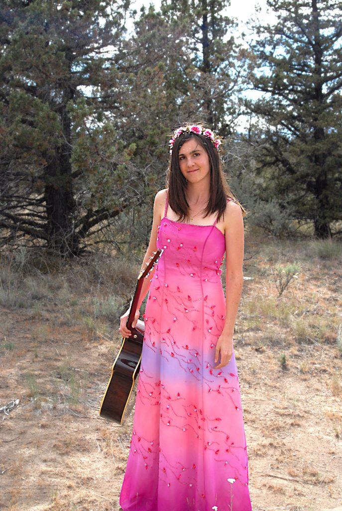 Cassia Dawn, singer songwriter, guitarist, female vocalist, indie artist, indie musician, soul pop, alternative, music, soul music
